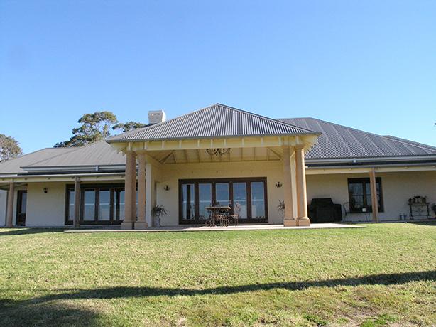 Oakhampton-Residence-Outside